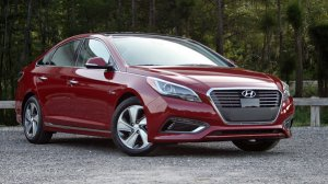 Hyundai Sonata. A decent enough car. Certainly it was big enough for all of us.